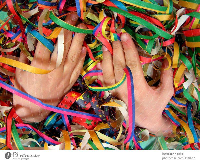 Happy Hands Party Girlande mehrfarbig rot grün gelb Finger Papier Daumen Zeigefinger Mittelfinger Ringfinger chaotisch durcheinander Karneval Club Freude