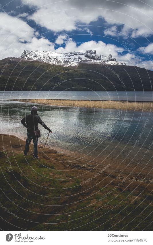 Hiking in Patagonia Mensch Ferien & Urlaub & Reisen Mann Landschaft Einsamkeit ruhig Ferne Winter Berge u. Gebirge Erwachsene Herbst Schnee See Tourismus