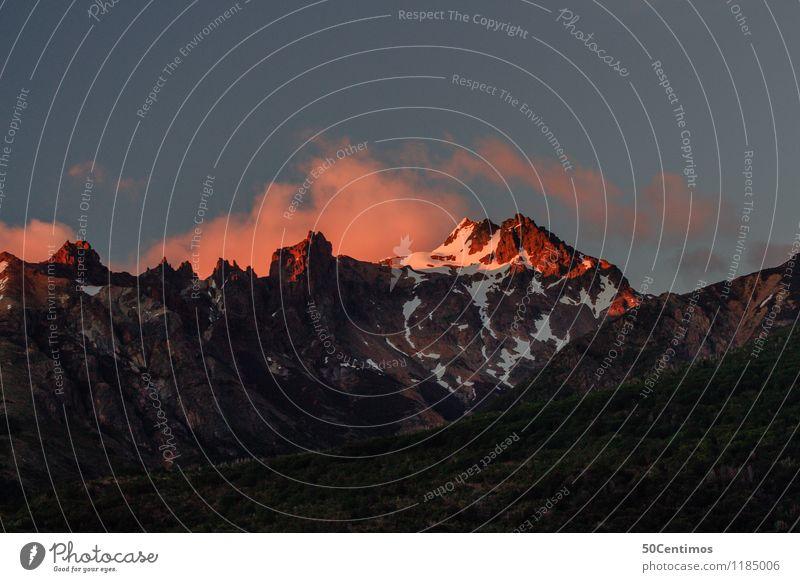 Red mountains Himmel Ferien & Urlaub & Reisen Landschaft Wolken Winter Ferne Berge u. Gebirge Schnee Tourismus Freiheit Ausflug Freizeit & Hobby wandern Nebel