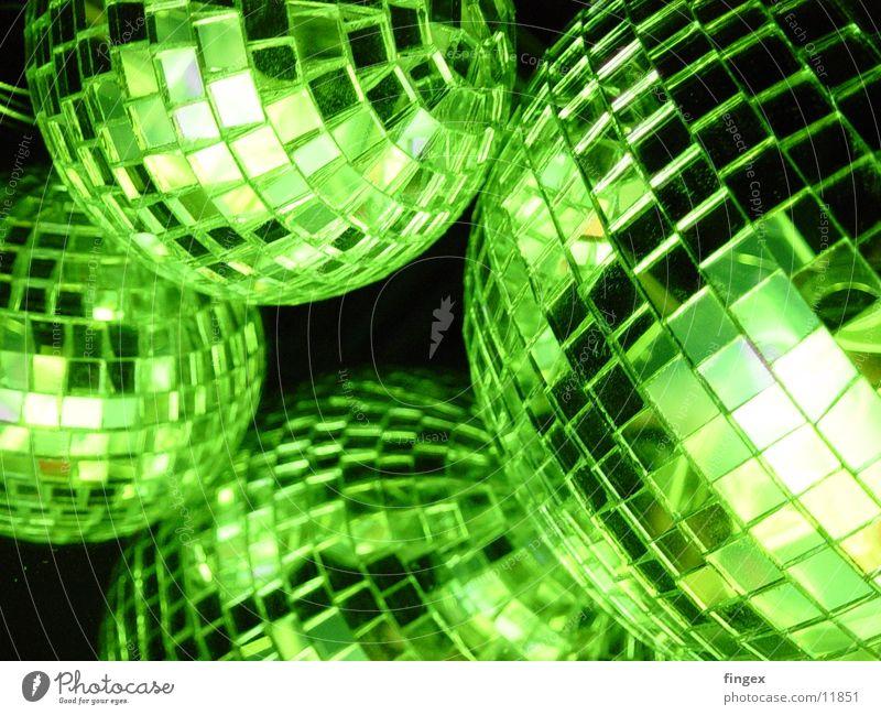 tombys neon inspiration Neonlicht Dinge Licht obskur Disco grün discokiugel Party