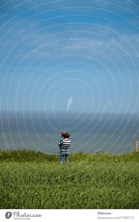 Weitblick Ferien & Urlaub & Reisen Ausflug Abenteuer Ferne Freiheit Strand Meer Mensch Kind Junge Frau Jugendliche 2 Umwelt Landschaft Wasser Himmel Horizont