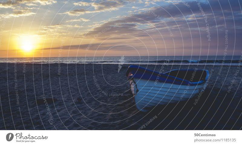 A sunset on a lonely beach Natur Ferien & Urlaub & Reisen Sommer Sonne Meer Landschaft Wolken Strand Ferne Küste Freiheit Horizont Tourismus Wellen Ausflug
