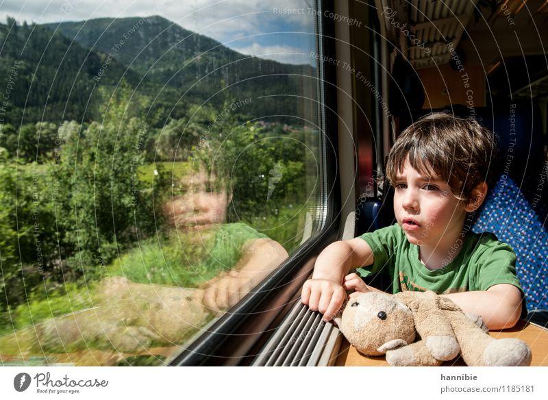 unterwegs Mensch Kind Ferien & Urlaub & Reisen blau grün Sommer Junge Abteilfenster Familie & Verwandtschaft Kindheit Eisenbahn Kleinkind Personenverkehr Bruder