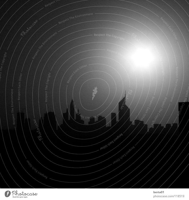 weisses Loch Himmel weiß Sonne Stadt Haus schwarz dunkel grau hell Hochhaus Loch Block Dubai
