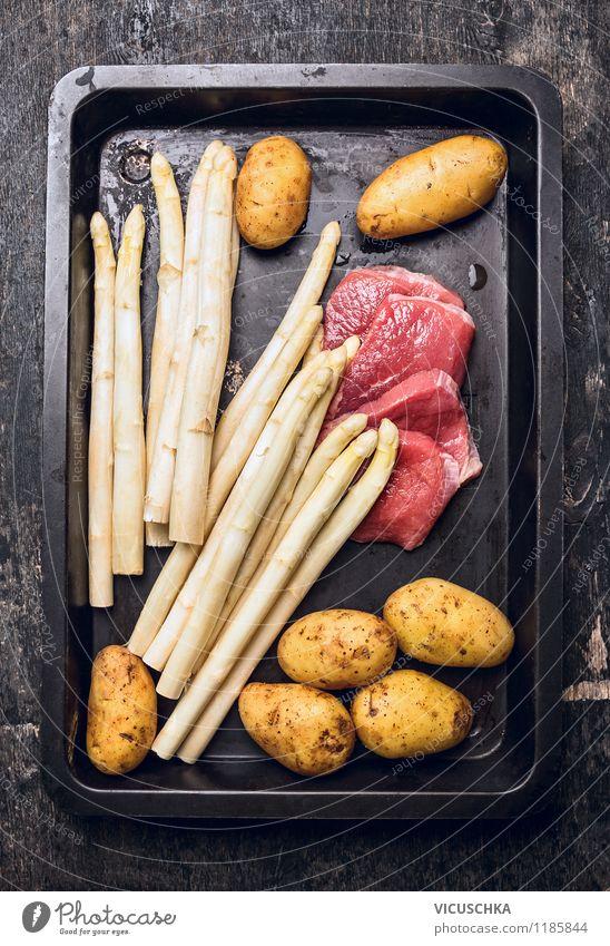 Spargel,Kartoffel und Fleisch für Schnitzel Lebensmittel Gemüse Ernährung Mittagessen Abendessen Bioprodukte Diät Schalen & Schüsseln Stil Design