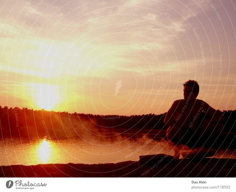 Akki, ich glaub die Wurscht is durch! Mensch Mann Wasser schön Sonne Meer Sommer Strand Einsamkeit See Haut maskulin Brand Körperhaltung Hügel Vertrauen
