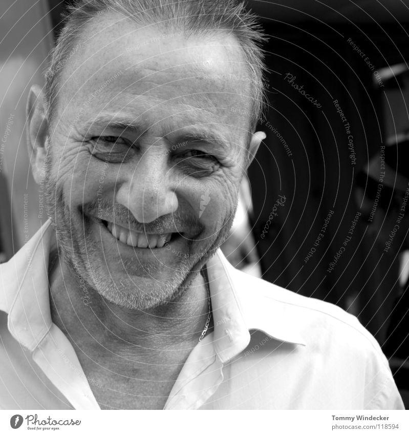 my best friend II Mensch Mann Freude Gesicht Leben Kopf grau Glück lachen Porträt maskulin Zähne Falte Freundlichkeit Lächeln Hemd