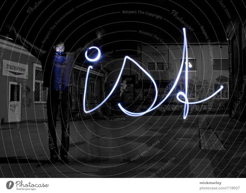 was ist zeit 2 Langzeitbelichtung Belichtung Zeit Schlachthof Rock 'n' Roll Taschenlampe Lampe blau Lichterscheinung Wels roll ledlampe Bewegung Leben Mensch