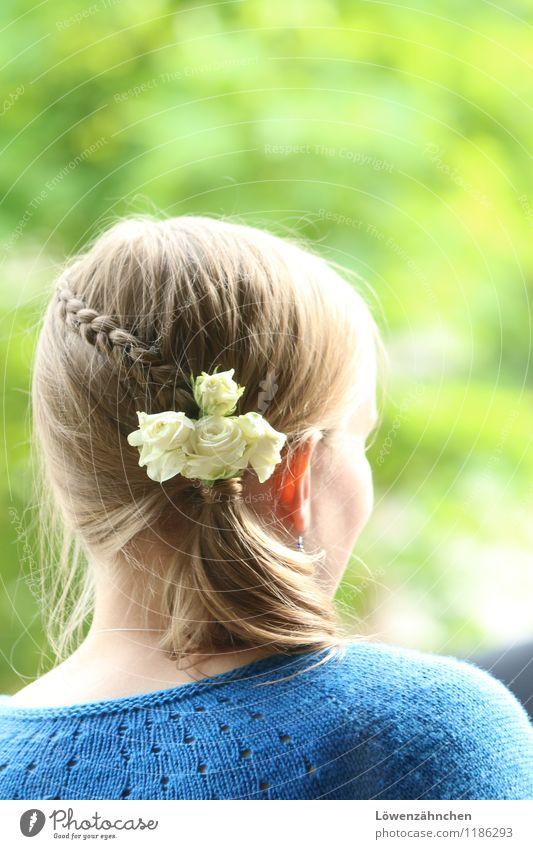 wedding details V Jugendliche blau schön grün weiß Junge Frau 18-30 Jahre Erwachsene Liebe feminin Haare & Frisuren Kopf elegant blond ästhetisch Romantik
