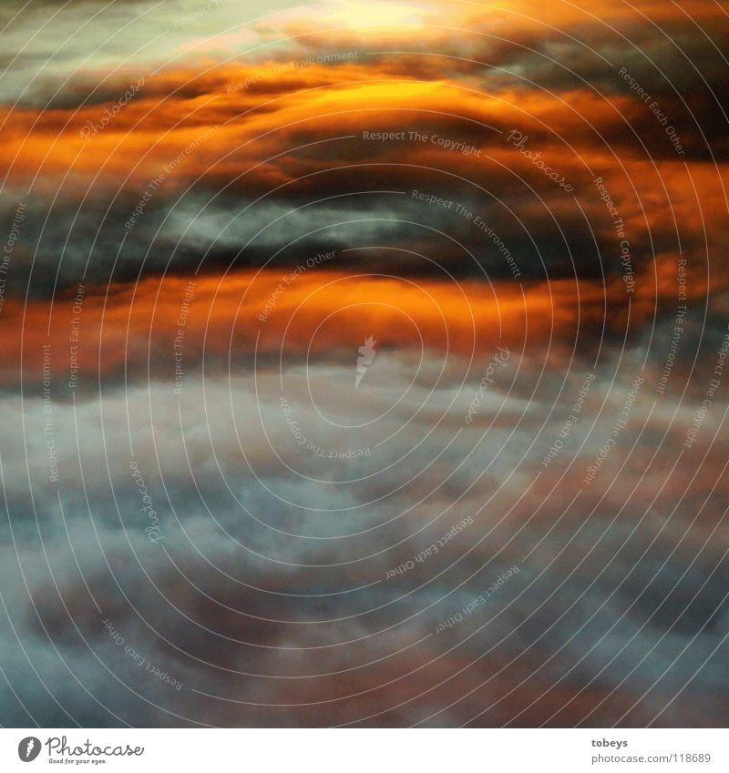 Himmel oder Hölle? blau Sonne rot Wolken Winter dunkel Wärme kalt Regen Angst bedrohlich Physik Gewitter Fantasygeschichte