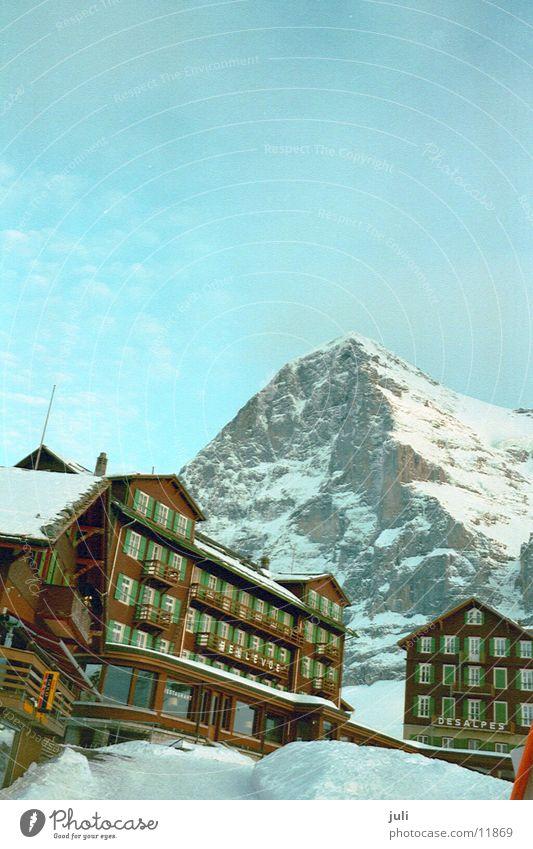 Eigernordwand Schnee Berge u. Gebirge Felsen Europa Grindelwald