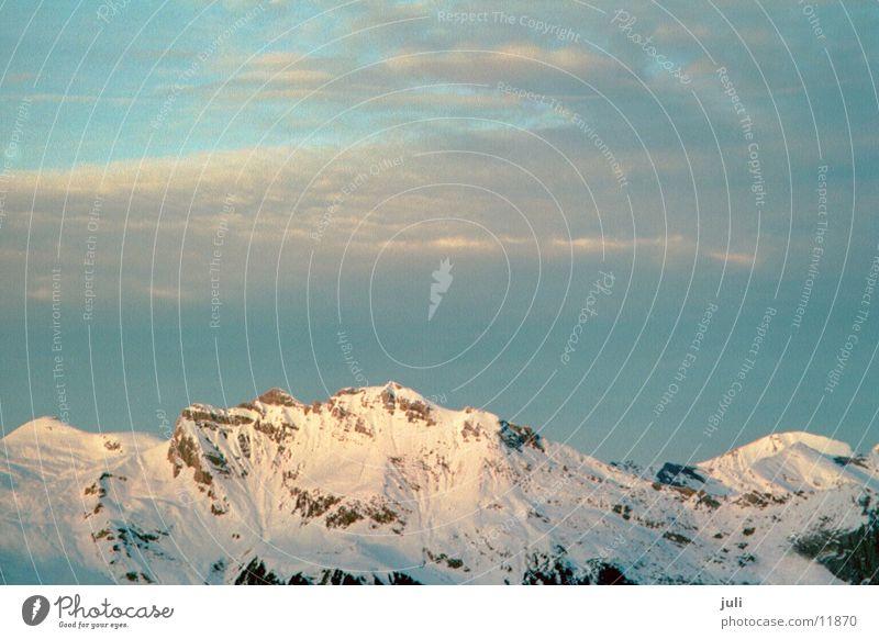 Alpen Schnee Berge u. Gebirge Felsen Alpen Berner Oberland Grindelwald