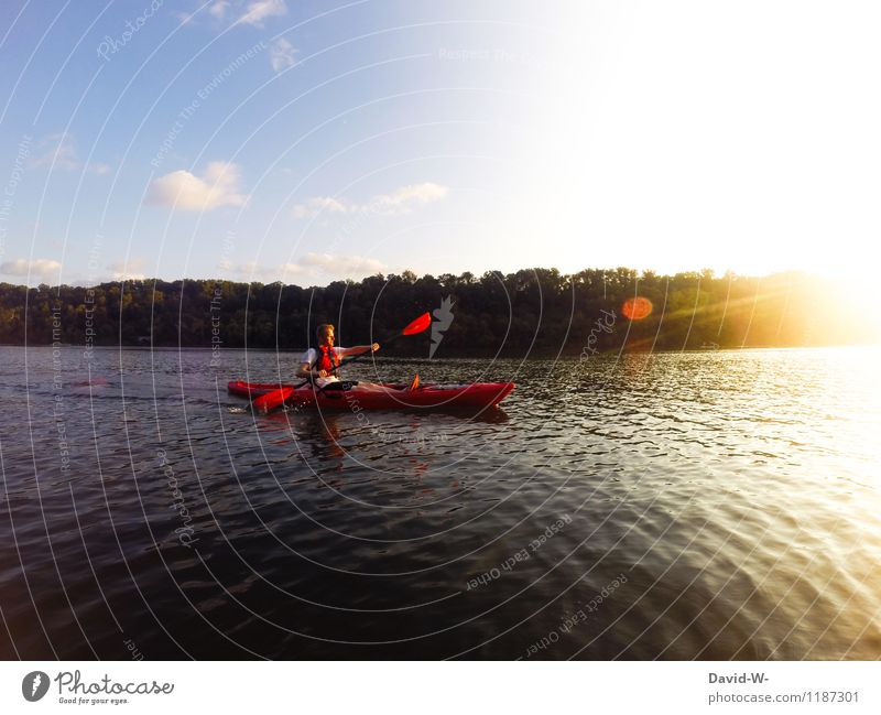 Unterwegs auf dem Wasser Sport Wassersport Sportler Mensch maskulin Junger Mann Jugendliche Erwachsene Leben 1 Umwelt Natur Landschaft Sonne Sonnenaufgang