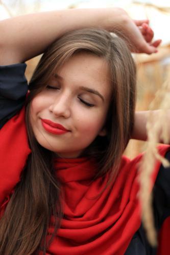 Mensch Jugendliche schön Junge Frau Erholung ruhig Freude Gesicht Leben feminin Stil Haare & Frisuren Stimmung Lifestyle Zufriedenheit elegant