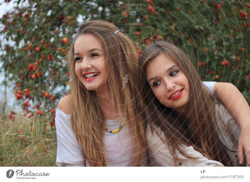 2 Mensch Jugendliche schön Junge Frau ruhig Freude Gesicht Leben Gefühle feminin Glück Haare & Frisuren Lifestyle Zufriedenheit frisch Fröhlichkeit