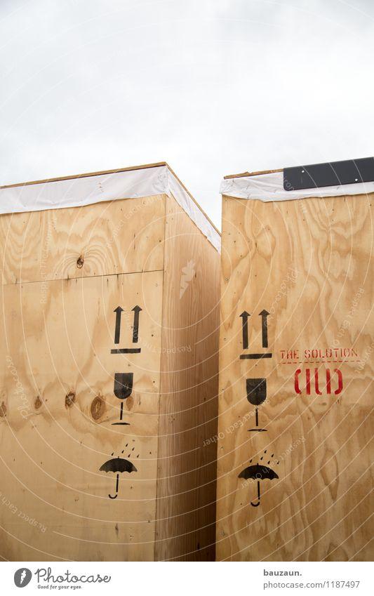 HH | tendenziell oben volle gläser. Umzug (Wohnungswechsel) Himmel Wolken Wetter Hafen Containerschiff Holzkiste Regenschirm Glas Zeichen Schriftzeichen