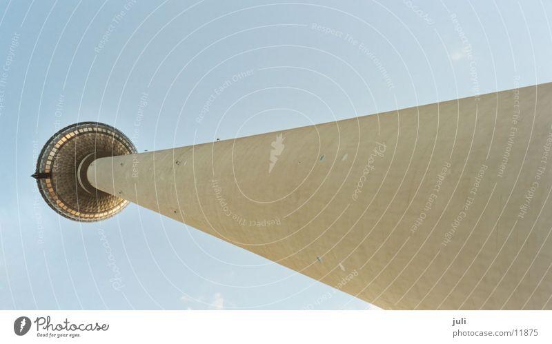 Fernsehturm Himmel Berlin Architektur hoch Perspektive Turm
