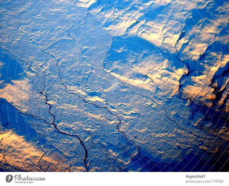 Eis der Arktis Wasser Flugzeug Fluss gefroren Riss Gletscher Eisberg Gletscherspalte Eisfläche Grönland Antarktis