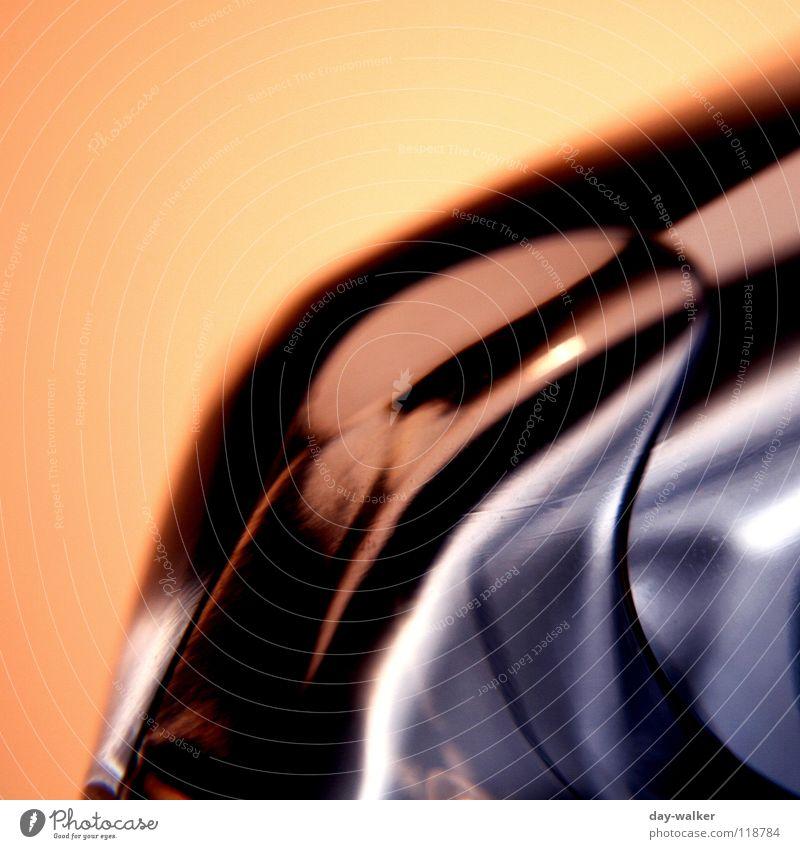 liquid moments Wasser blau rot schwarz gelb dunkel Luft hell orange Glas rund Bad Flüssigkeit Blase Flasche Erdöl