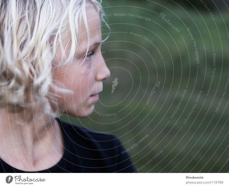 Naseweis, die zweite. schön grün Sommer Gesicht schwarz dunkel Herbst Haare & Frisuren Mund hell Wellen blond süß T-Shirt offen