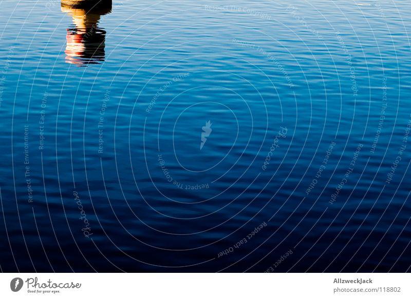 out of the blue Wasser weiß blau rot Wellen Schilder & Markierungen Grenze Schifffahrt Warnhinweis Verlauf Boje Warnschild