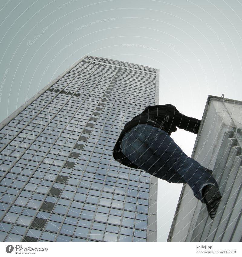 plattenerstbesteigung Mensch Himmel Mann Hand Stadt Haus Berge u. Gebirge Gefühle Architektur springen See Lampe Luft fliegen Fassade Freizeit & Hobby