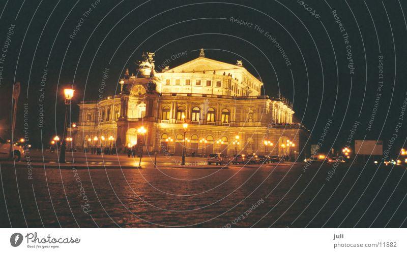 Semperoper Dresden Nacht Langzeitbelichtung Konzert Musik Oper Architektur