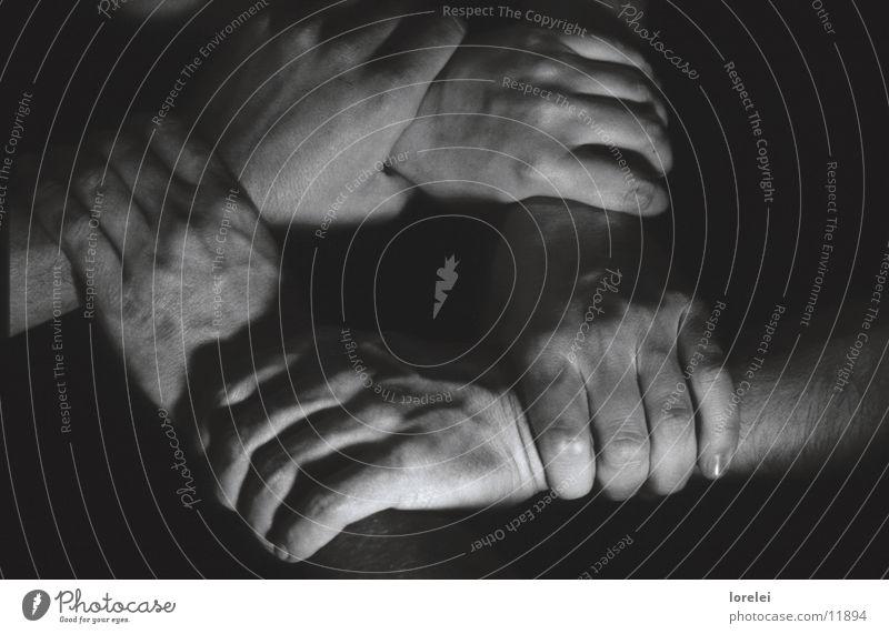 bändhände Hand dunkel Menschengruppe Kreis Schnur
