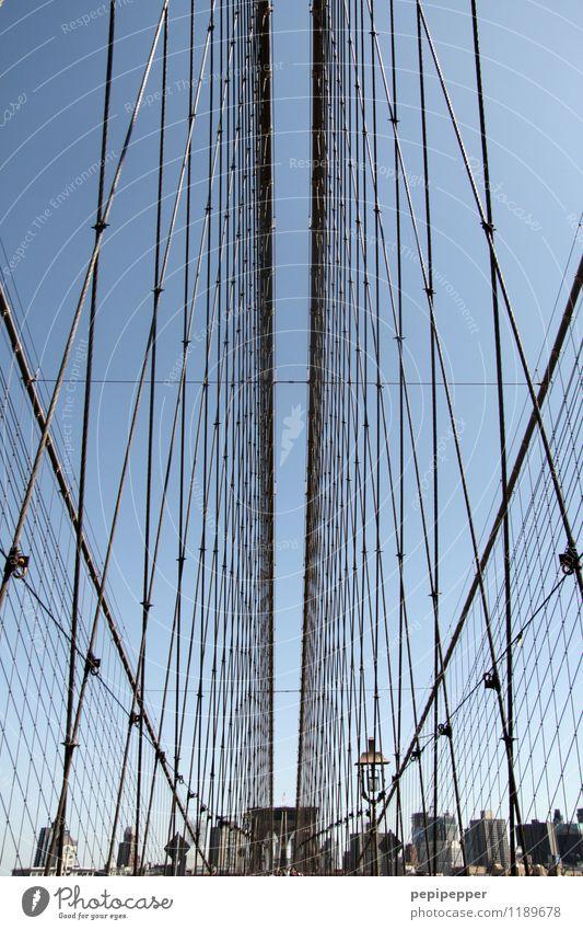 freiraum Ferien & Urlaub & Reisen Tourismus Ausflug Städtereise New York City Stars and Stripes Stadt Skyline Haus Hochhaus Bankgebäude Brücke Mauer Wand