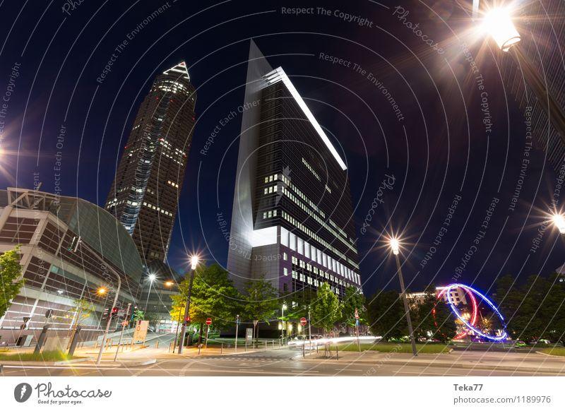 FRANKfurt MEsse - Nachts Design Büro Business Technik & Technologie Frankfurt am Main Stadt Stadtzentrum Skyline Menschenleer Hochhaus Fassade Sehenswürdigkeit