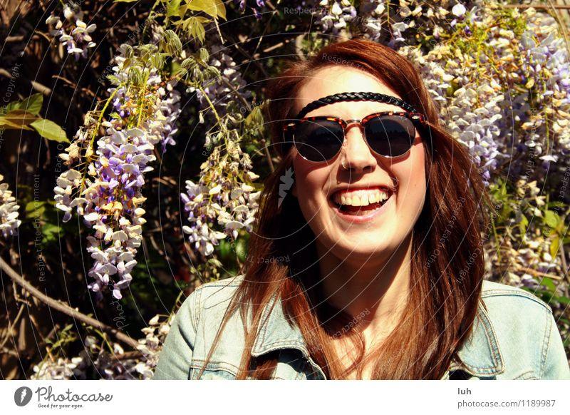 Happiness. feminin Junge Frau Jugendliche 1 Mensch 18-30 Jahre Erwachsene Fröhlichkeit frisch Glück schön Freude Lebensfreude Frühlingsgefühle Begeisterung