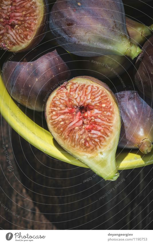 Natur Herbst natürlich Frucht frisch Ernährung Tisch exotisch Dessert Schalen & Schüsseln Scheibe saftig Zutaten rustikal roh tropisch