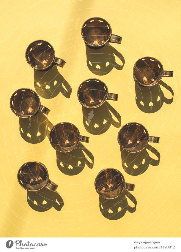 Metallbecher in Form von Herzen Tee Design Dekoration & Verzierung Tisch Feste & Feiern Valentinstag Liebe heiß retro braun weiß Romantik Tasse Hintergrund