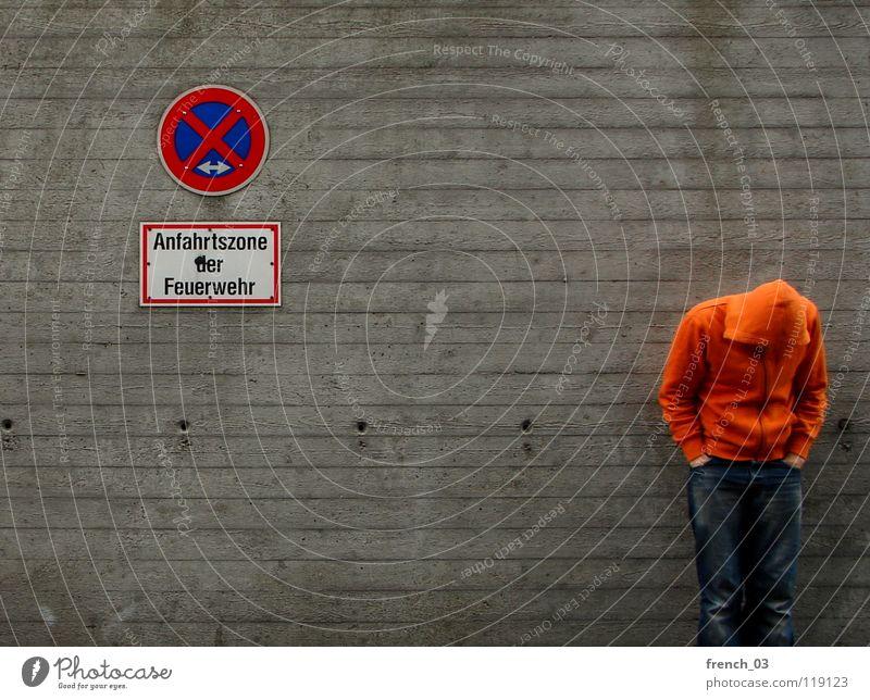 waiting for ... stehen stoppen Halteverbot Schilder & Markierungen Warnschild Verbotsschild bestrafen Regel Verkehr Straßenverkehrsordnung parken rot weiß rund