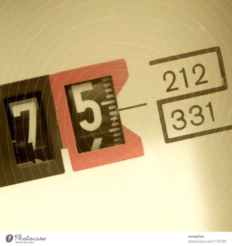 stromzähler_75 Elektrizität Ziffern & Zahlen Zähler Erneuerbare Energie Wechseln Haushalt Stromverbrauch Uhr Verteuerung Krimineller Spinner falsch