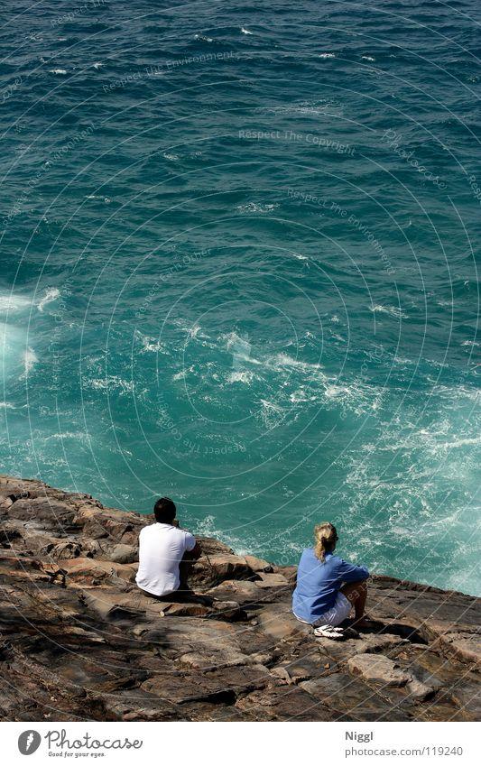 Meerblick Mensch Sommer Strand Ferien & Urlaub & Reisen ruhig Einsamkeit Erholung Stein Paar Wellen Küste sitzen paarweise genießen Australien