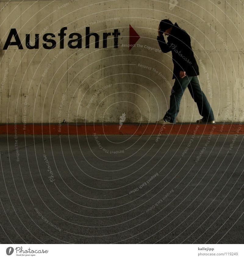 querdenker Mensch Mann Stadt rot Haus Wege & Pfade Denken Linie Horizont Arbeit & Erwerbstätigkeit gehen dreckig laufen Beton Verkehr Schriftzeichen