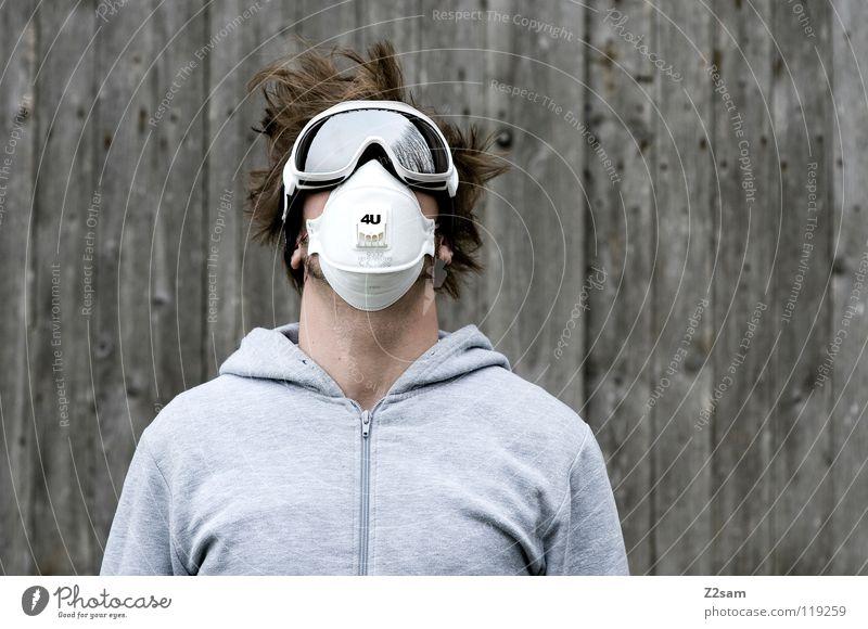 4U Mensch Mann weiß Wand Holz grau Kopf Haare & Frisuren Stil Arbeit & Erwerbstätigkeit blond Angst maskulin stehen Sicherheit Coolness