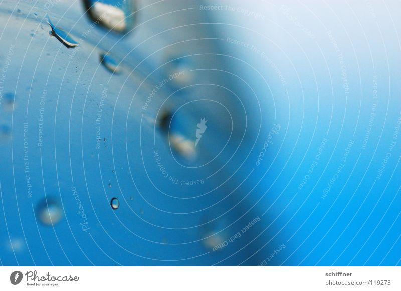 Blue Drops Wasserflasche Mineralwasser Quelle Hintergrundbild Wassertropfen PET Flasche blau Makroaufnahme