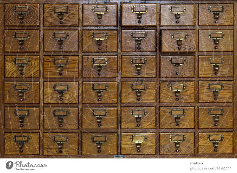 Schubladendenken Arbeitsplatz Büro Container Holz alt eckig braun Ordnung Schrank schubladendenken Messingschild Datei Karteikarten Vorratsdatenspeicherung