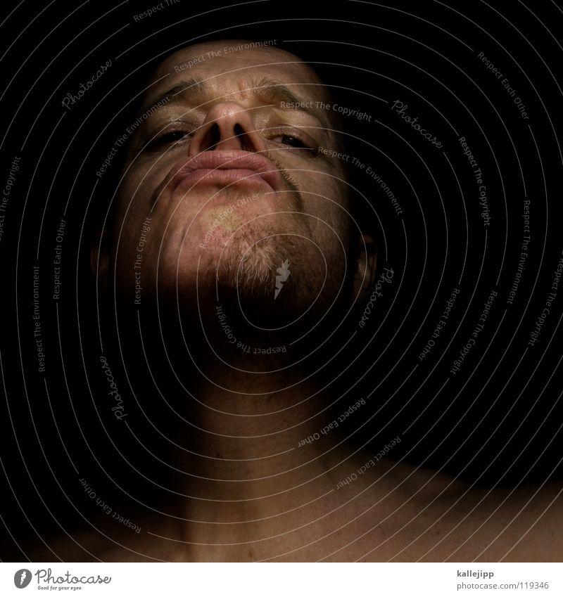 halb-starker Bart rasiert Hälfte Mann Porträt provokant Aktion schlagen Jugendgewalt rau blutrünstig Faschist böse Dummkopf Ghetto Krieg Gesicht Wut Ärger Kick