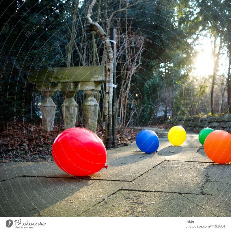 Am Ende des Tages... Lifestyle Freude Freizeit & Hobby Garten Entertainment Party Veranstaltung Feste & Feiern Geburtstag Menschenleer Gartenweg
