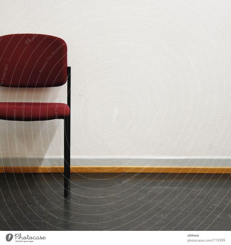 Ich bin dann mal weg Einsamkeit Wand Zeit warten Ordnung frei trist Stuhl Arzt Langeweile Hälfte Raum Polster Behörden u. Ämter Warteraum Linoleum