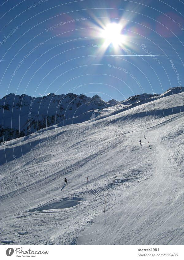 Ein Tag im Schnee Mensch Himmel blau weiß Ferien & Urlaub & Reisen Sonne Winter Schnee Sport Berge u. Gebirge Freiheit Wetter Freizeit & Hobby Lifestyle Alpen Alpen