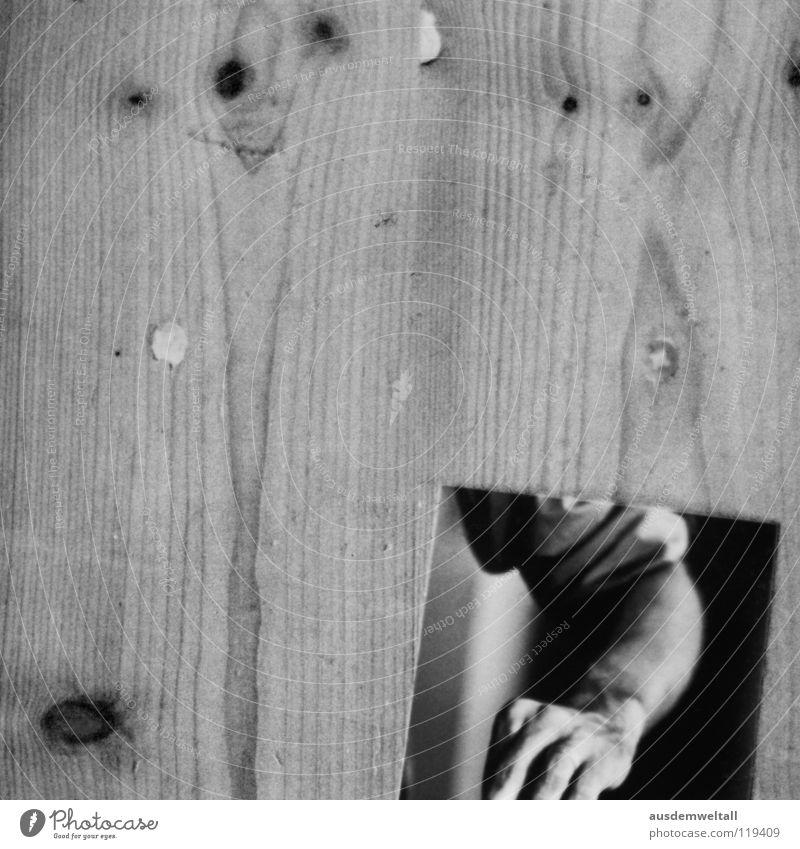 Ärmlich Bodenbelag unten Bild-im-Bild Hand jolz Flur Schwarzweißfoto Teile u. Stücke Arme liegen
