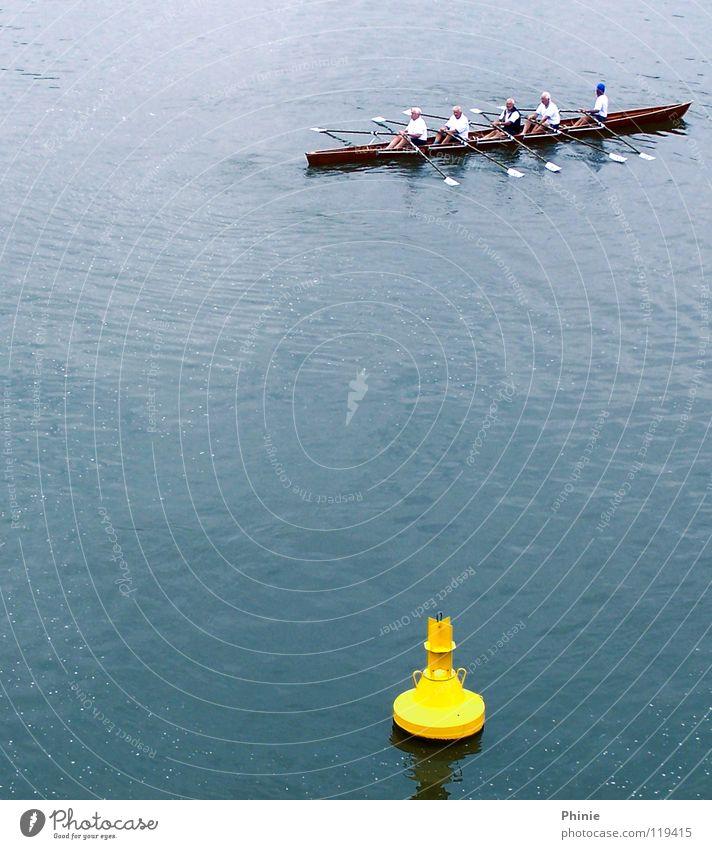 Leicht verpeilt?! Wasser blau Sommer Senior gelb Sport Leben Spielen Zufriedenheit Kraft Gesundheit nass Erfolg Eisenbahn Sportmannschaft Fluss