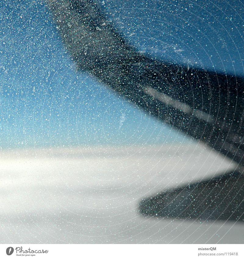 Last Minute II Flugzeug Billig Luftverkehr Fenster gefroren kalt Kratzer Ferien & Urlaub & Reisen Passagierflugzeug Norden dunkel weiß schön NASA Freude Gepäck
