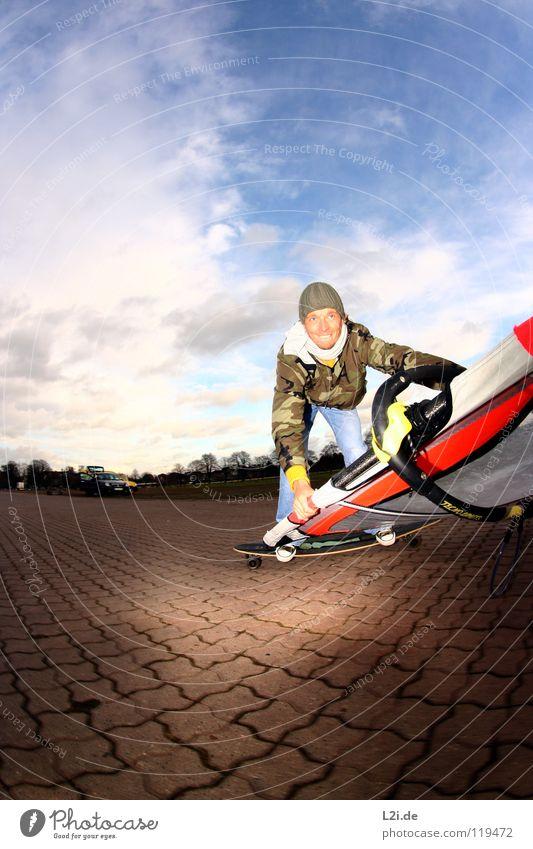 STREET[WIND]SURFER III Himmel Mann Freude Wolken Sport Spielen lachen Freizeit & Hobby Aktion Jeanshose Surfen Mütze Skateboarding Strommast Skateboard Parkplatz
