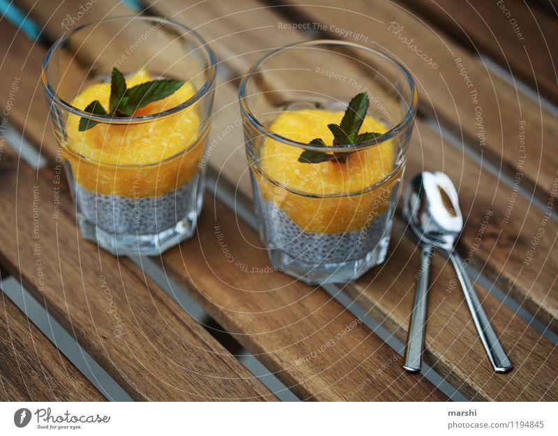 Chiapudding Lebensmittel Dessert Speiseeis Süßwaren Ernährung Essen Gefühle Stimmung Pudding Glas lecker Gesunde Ernährung Fitness Löffel Minze Mango Holztisch