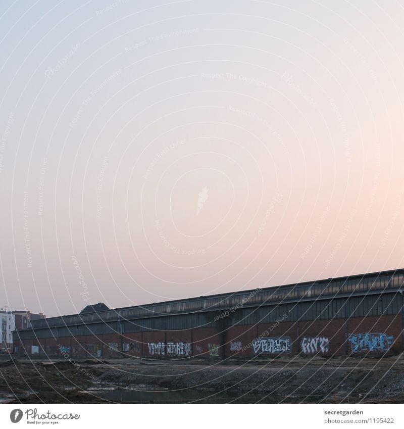 lost place. Arbeitsplatz Fabrik Industrie Güterverkehr & Logistik Handwerk Unternehmen Arbeitslosigkeit Himmel Wolkenloser Himmel Hamburg Altona Industrieanlage